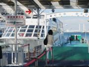 氷川丸横の乗船場